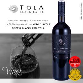 ANÚNCIO BLACK LABEL TOLA